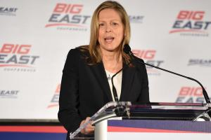 Big East commissioner is against paying student-athlete...