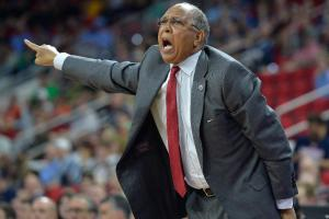 Memphis hires Tubby Smith as men's basketball coach