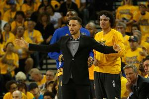 Klay Thompson shines in Game 2 with Steph Curry on benc...