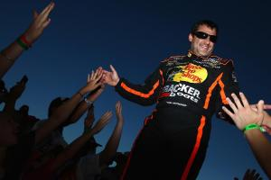 Tony Stewart to return at Richmond