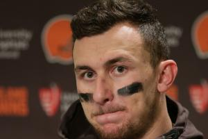With indictment, Johnny Manziel takes another step back