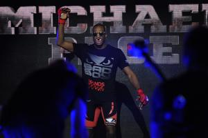 Bellator's Michael Page maintains undefeated record wit...