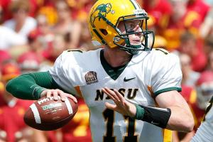 Eagles pick QB Carson Wentz with No. 2 pick