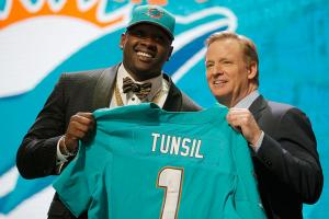 Laremy Tunsil: Dolphins come away with steal of NFL dra...