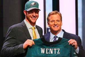 Eagles QB drama heats up after Carson Wentz dig at Sam...