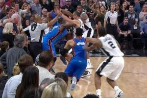 NBA: Refs missed five calls at end of Spurs-Thunder