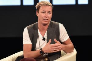 Abby Wambach joins ESPN as analyst, podcast host
