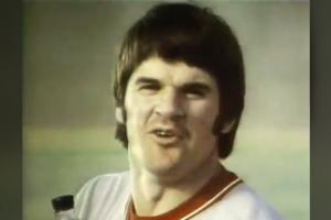Pete Rose sings about 'smelling like a man' in '7...