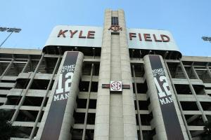Texas A&M picks bad time for Twitter snafu