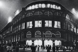 Vin Scully talks 'Brooklyn Bums' and Ebbets Field