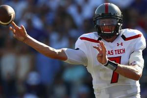 Former Texas Tech QB Davis Webb  transfers to Cal