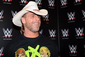 Shawn Michaels attends Penguins Game 5 to watch HBK lin...