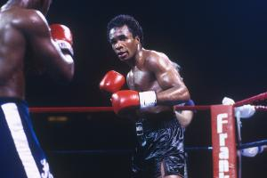 Sugar Ray Leonard on why he's against pro boxers fighti...