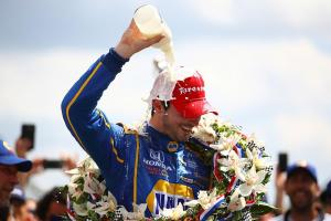 Alexander Rossi wins 100th Indianapolis 500