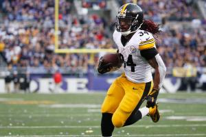 Ryan Lochte wants to teach DeAngelo Williams how to swi...