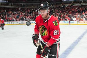 Blackhawks trade Teravainen, Bickell to Hurricanes