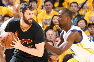 Will we see the Warriors and Cavs in next year's NBA Fi...