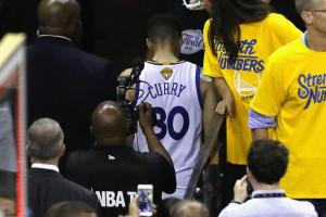 Stephen Curry reveals what we he wanted to say to LeBron after Game 7