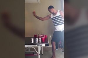 Cavaliers' Channing Frye apparently cheats at beer pong
