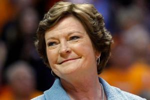 How Pat Summitt changed the role of women in sports