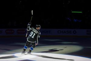 Lightning reach eight-year extension with Stamkos