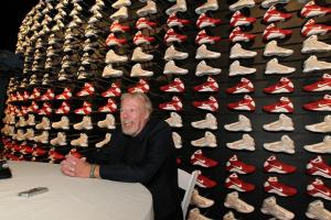 Nike co-founder Phil Knight retires from board