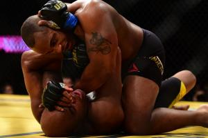 Cormier, Aldo come away with UFC 200 victories