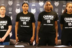 Minneapolis cops walk out of Lynx game amid controversy