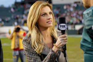 Erin Andrews re-signs with Fox, drops MLB coverage