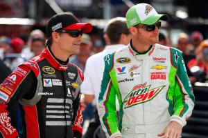 Jeff Gordon could replace Dale Earnhardt Jr.