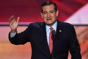 Senator Ted Cruz gives LeBron a shout out at RNC