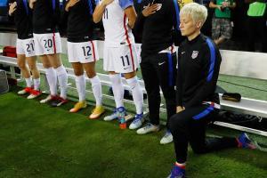 Megan Rapinoe explains why she knelt during national anthem