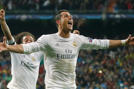 Cristiano Ronaldo scores a Champions League hat trick vs. Wolfsburg for Real Madrid