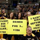 Boston Bruins vs. Toronto Maple Leafs :: Fred Kfoury/Icon SMI