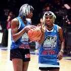 In 1998, the sisters teamed up for the NBA's annual Celebrity 2-ball competition during All-Star weekend. Venus teamed up with funnyman Jamie Foxx, while Serena was partnered with actor Daryl Mitchell.