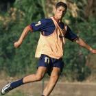 Cristiano Ronaldo practices with Portugal U17.