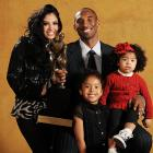 Family portrait! Kobe poses with wife Vanessa and daughters Natalia and Gianna at the 2007-08 MVP press conference.