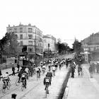 The start of the 1908 Tour de France in Paris on July 13, 1908.