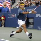 """Deadlocked at a set apiece and down a third-set break against 35-year-old Andre Agassi, Federer rallied to win the final in four sets. Federer claimed his sixth major and became the first man in 68 years to win Wimbledon and the U.S. Open in back-to-back years. """"The standard and the options and the talent and the execution that he shows in all the biggest matches -- it's crazy,"""" Agassi said after being denied a ninth Grand Slam title."""