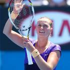 No. 8 Petra Kvitova beat Francesca Schiavone 6-4, 2-6, 6-2 and gets Laura Robson next.