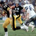 A personal best 318 passing yards was good, but a Super Bowl record four touchdown passes was better. One with 26 seconds left in the half gave Pittsburgh the lead while an 18-yarder to Lynn Swann sealed the Steelers' third championship in five seasons.