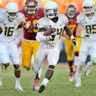 He may not be fast compared to other Oregon running backs, but Barner still has impressive speed and can blow past defenders in the open field. He torched defenses in 2012, gaining 1,767 yards on the ground and 21 touchdowns. Barner can at times get too reliant on his speed, cutting outside rather than trying to gain yards between the tackles, and he lacks the strength to drag defenders.