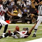 Roddy White has had the rare opportunity of having his birthday fall on a game day in consecutive years. On his 28th, he pulled in four passes for 108 yards, including this 68-yard TD in a 35-27 loss to New Orleans. On his 27th, he caught five passes for 54 yards in a 24-0 win over Oakland.