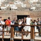 The King and The Mrs. attracted a crowd at the Colosseum in Rome where they'd gone to do a little honeymooning in the wake of their epic, star-studded nuptials on September 14.