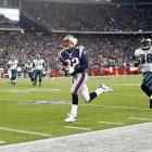 With Donovan McNabb injured, career backup A.J. Feeley started for the Eagles (5-5). It was supposed to be a mismatch for Tom Brady and the Patriots, who won their first 10 games by an average of 25 points. Not quite. Philly defensive coordinator Jim Johnson orchestrated an aggressive game plan, blitzing on roughly 50% of the Patriots' passes as the Eagles sacked Brady three times. Still, the Patriots prevailed, 31-28, thanks to two second-half interceptions by Asante Samuel.