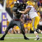 Clowney battles LSU guard Josh Dworaczyk.
