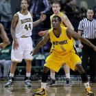 Leading Scorer: Jordan Aaron (14.9 ppg., pictured( Leading Rebounder: Mike Tiby (6.6 rpg.) Leading Passer: Steve McWhorter (4.0 apg.) Bad Losses: at Loyola (IL), Illinois-Chicago Good Wins: Green Bay (twice), Northern Iowa, at Davidson