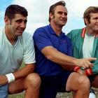 Morrall poses with Miami Dolphins coach Don Shula and Bob Griese.