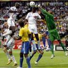 Dida punches away this French attempt but he couldn't send Brazil back to the semifinals.