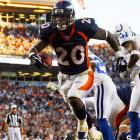 Last week: unranked <br><br>Bell disappeared for a few weeks as Tatum Bell took over in the Broncos' backfield, but the undrafted free agent out of Arizona bounced back in a big way against the Colts last week. Bell ran for 136 punishing yards and two touchdowns in a close loss. Look for Denver to turn to the hard-running rookie more as the season enters the second half.